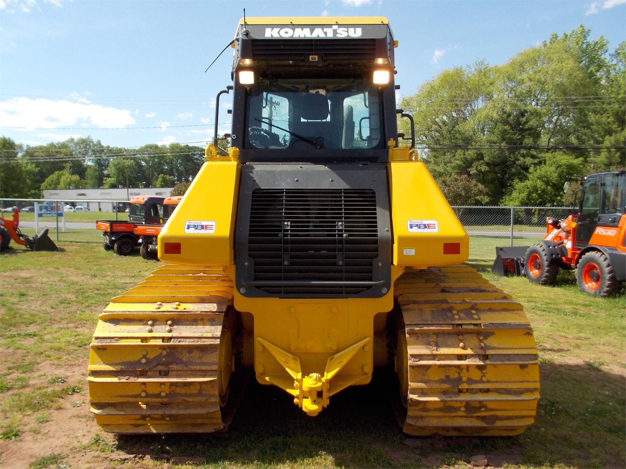 Detail photo of 2013 Komatsu D61PX-23 from Construction Equipment Guide