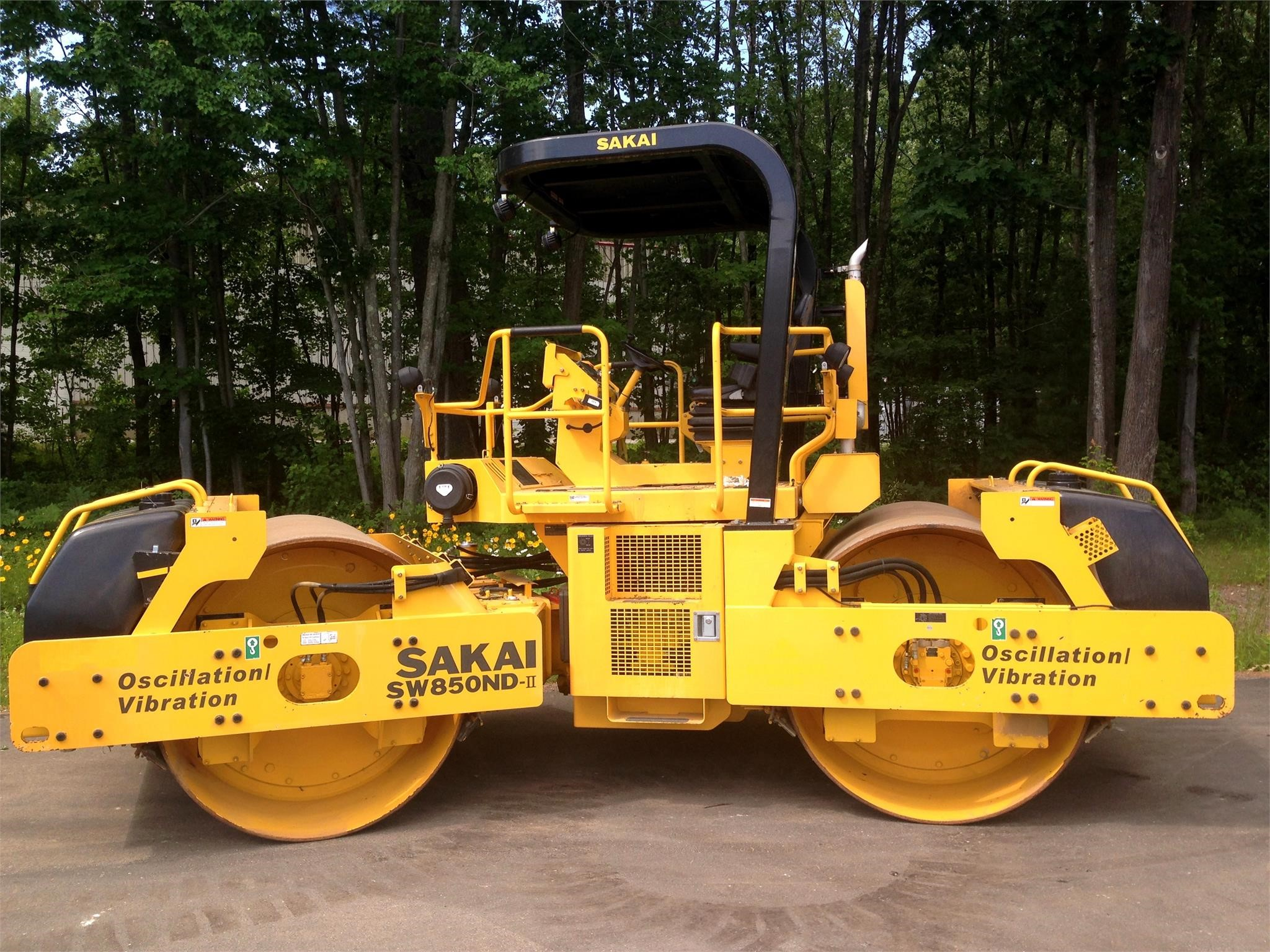 Detail photo of 2015 Sakai SW850ND II from Construction Equipment Guide
