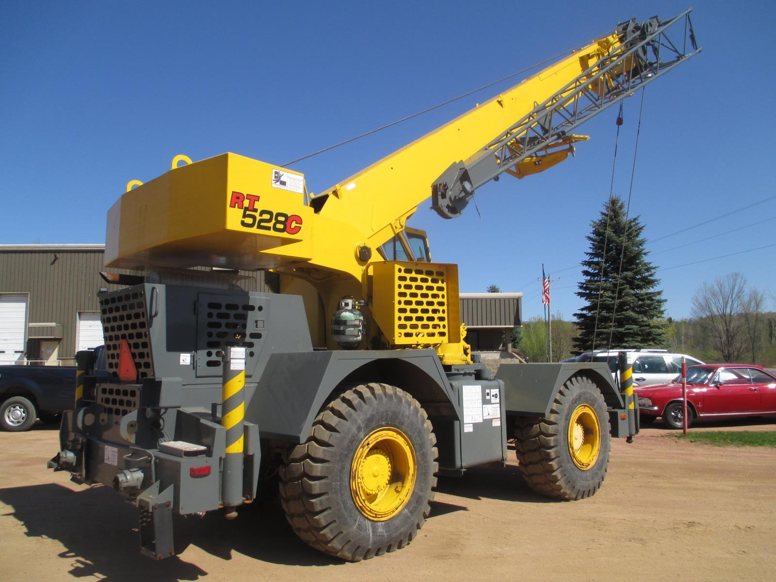 Detail photo of 1998 Grove RT528C from Construction Equipment Guide