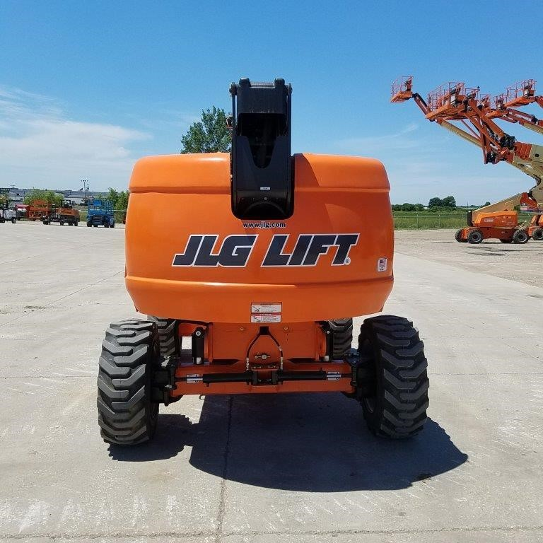 Detail photo of 2016 JLG 600S from Construction Equipment Guide