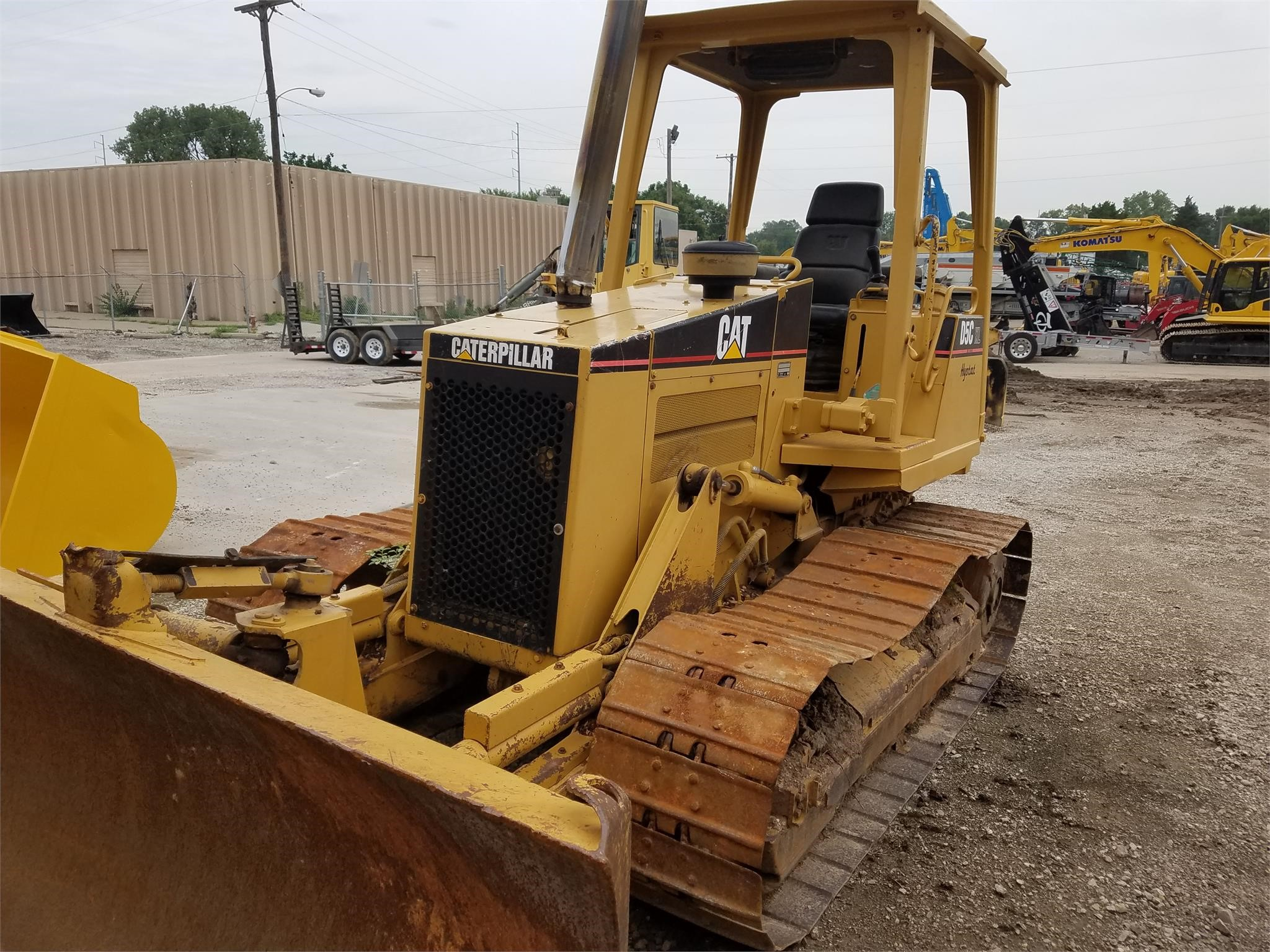 Detail photo of 1998 Caterpillar D5C LGP from Construction Equipment Guide