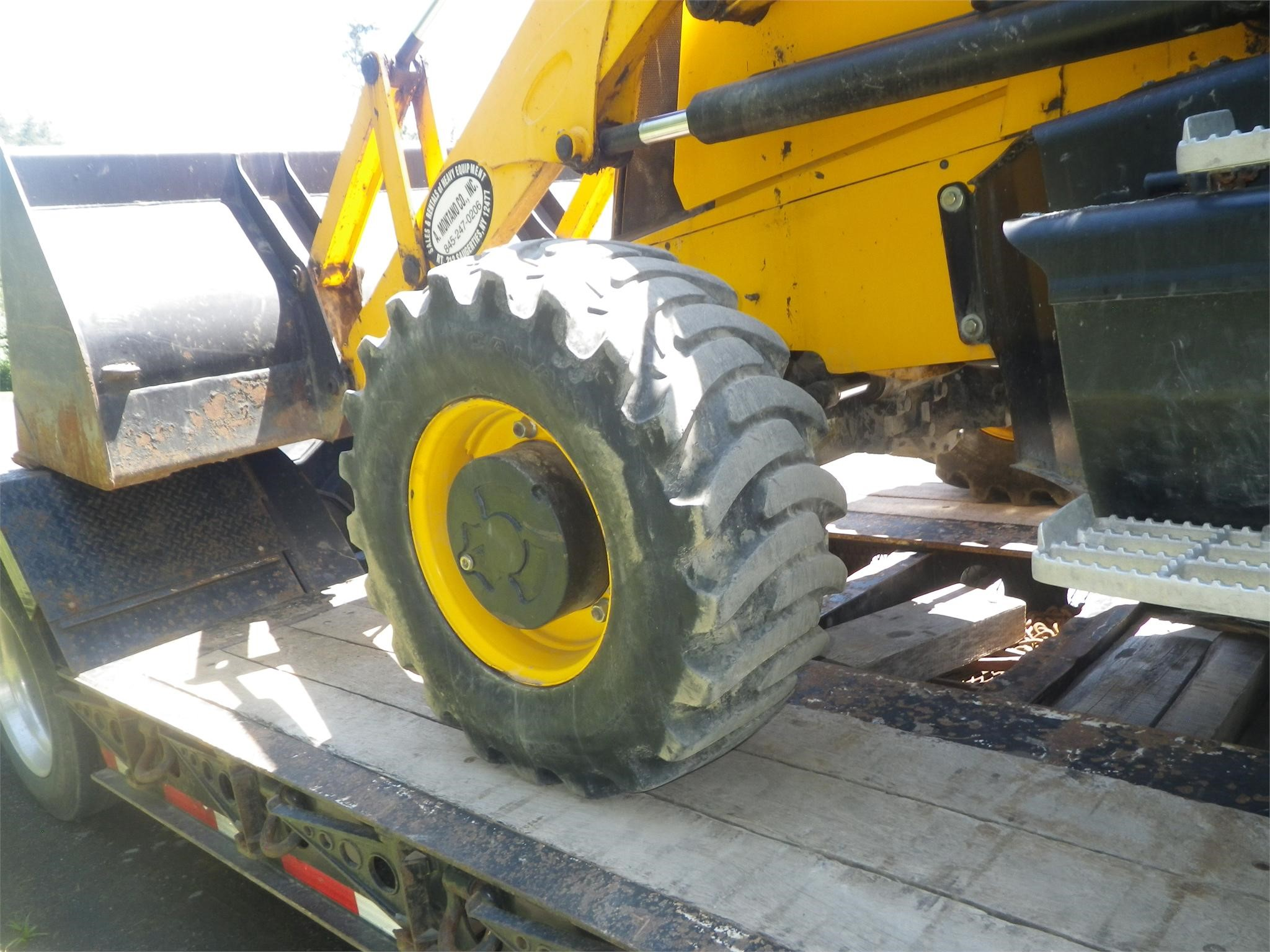 Detail photo of 2011 JCB 3CX from Construction Equipment Guide