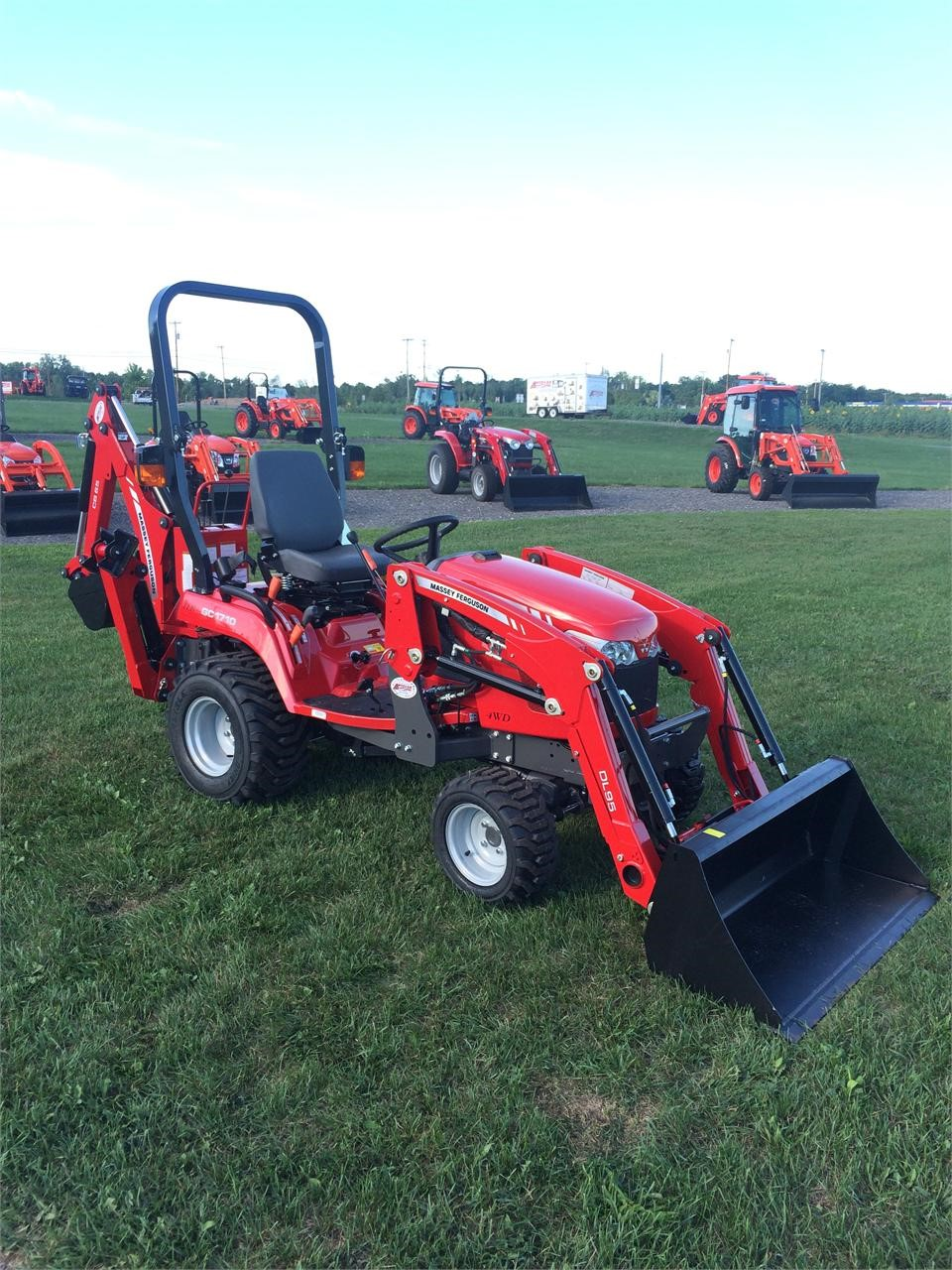 Detail photo of 2016 Massey Ferguson GC1710 from Construction Equipment Guide