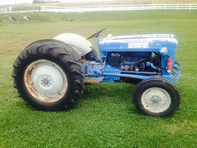 Ford Tractor Serial Numbers : Ford jubilee tractor serial number location fordson