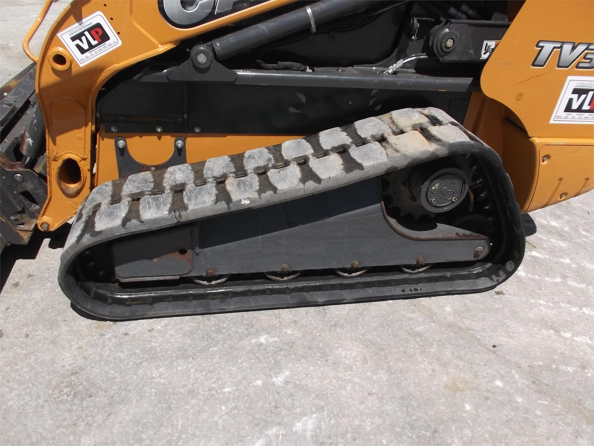 Detail photo of 2012 Case TV380 from Construction Equipment Guide