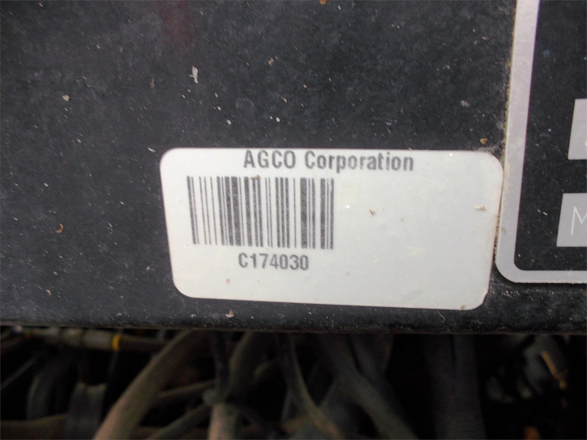 Detail photo of 2013 Massey Ferguson 7624 from Construction Equipment Guide