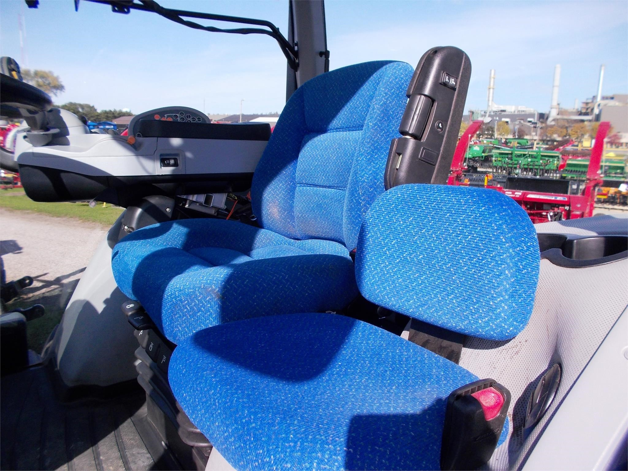 Detail photo of  New Holland T8.300 from Construction Equipment Guide