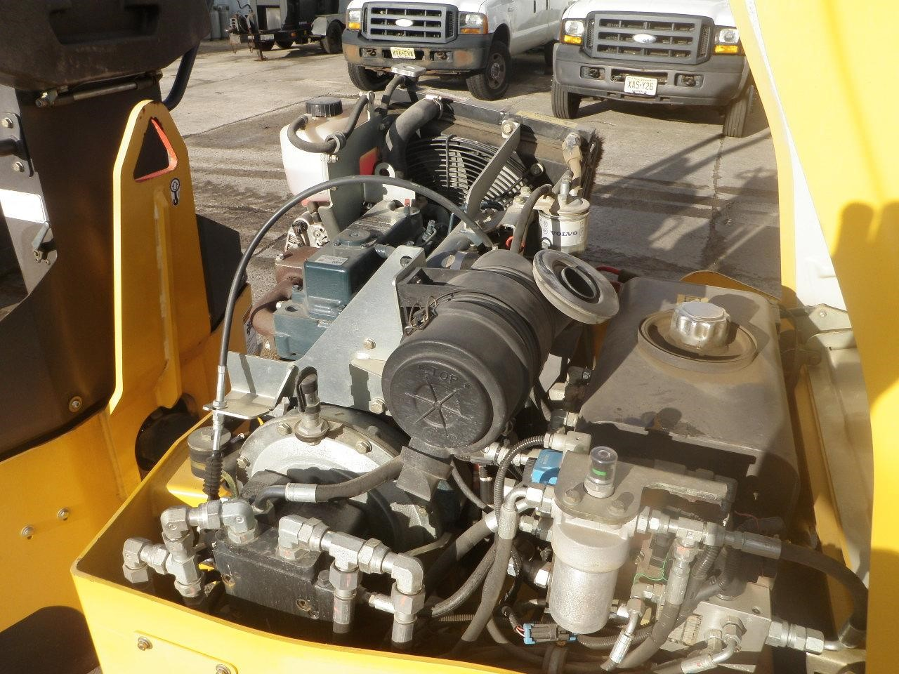 Detail photo of 2012 Volvo DD25W from Construction Equipment Guide
