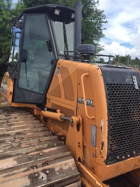 Detail photo of 2013 Case 850L WT from Construction Equipment Guide