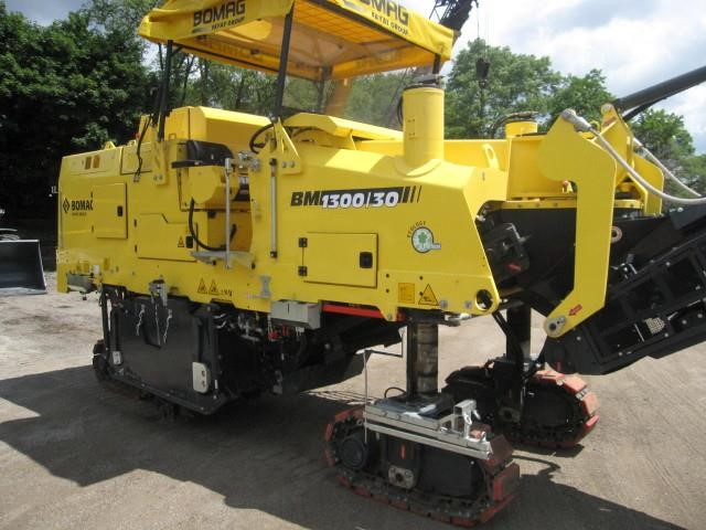 Detail photo of 2016 Bomag BM1300/30 from Construction Equipment Guide