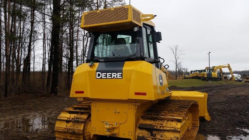 Detail photo of 2016 John Deere 700K LGP from Construction Equipment Guide