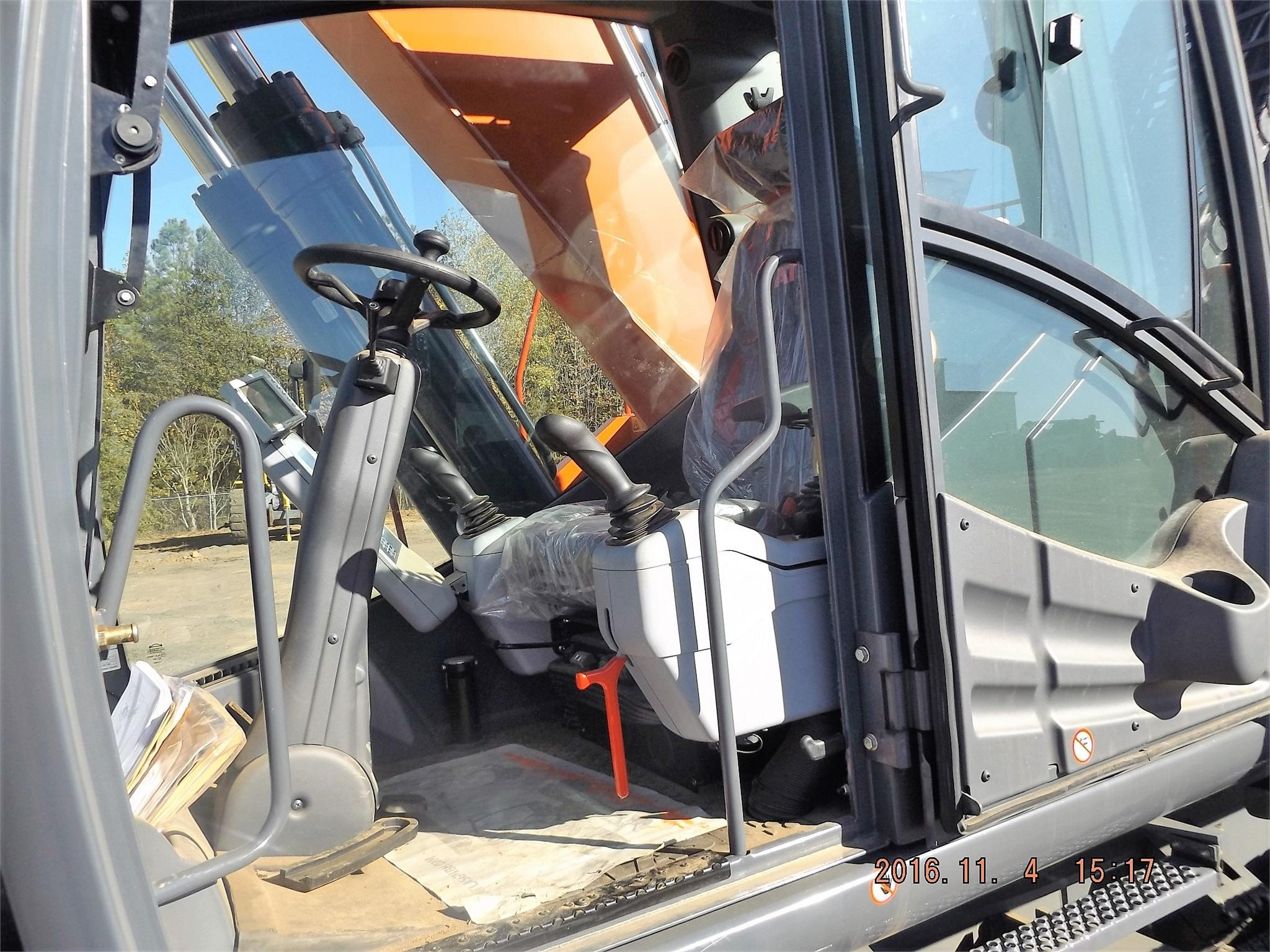 Detail photo of 2014 Atlas Copco 300HH from Construction Equipment Guide