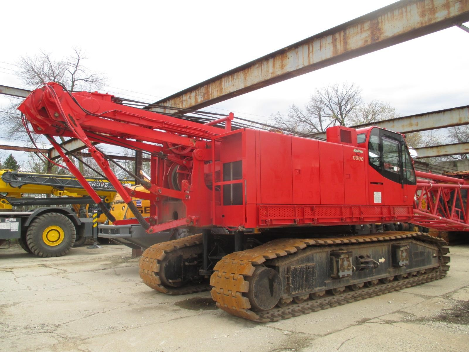 Detail photo of 2013 Manitowoc 12000 from Construction Equipment Guide