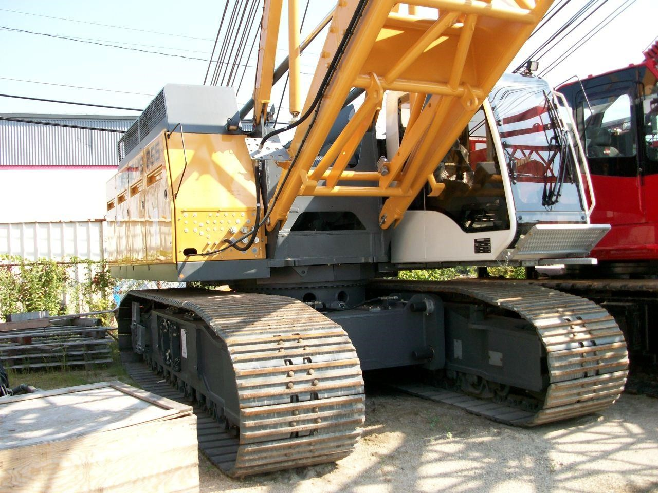 Detail photo of  Liebherr HS855HD from Construction Equipment Guide