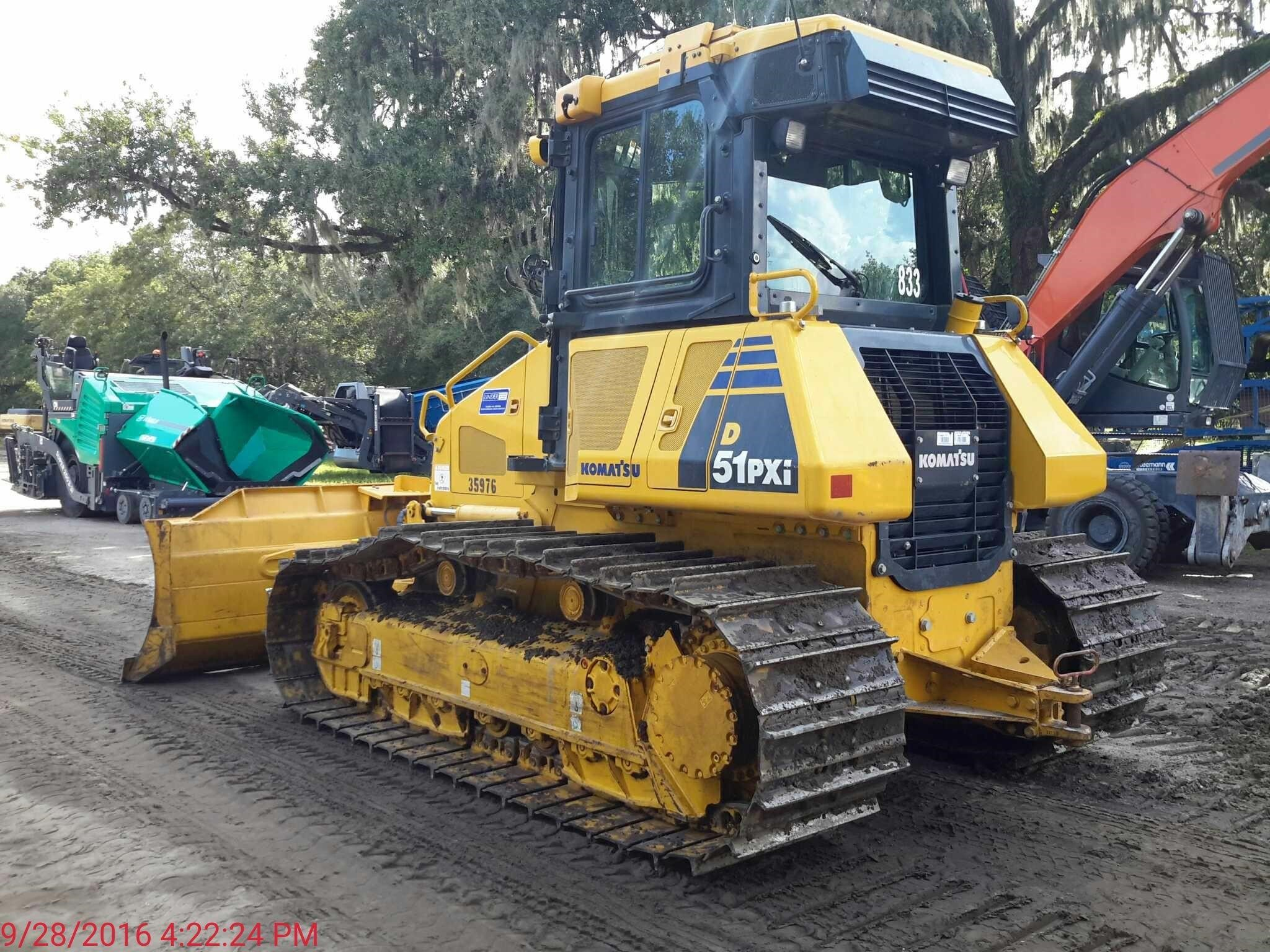 Detail photo of 2016 Komatsu D51PX-22 from Construction Equipment Guide