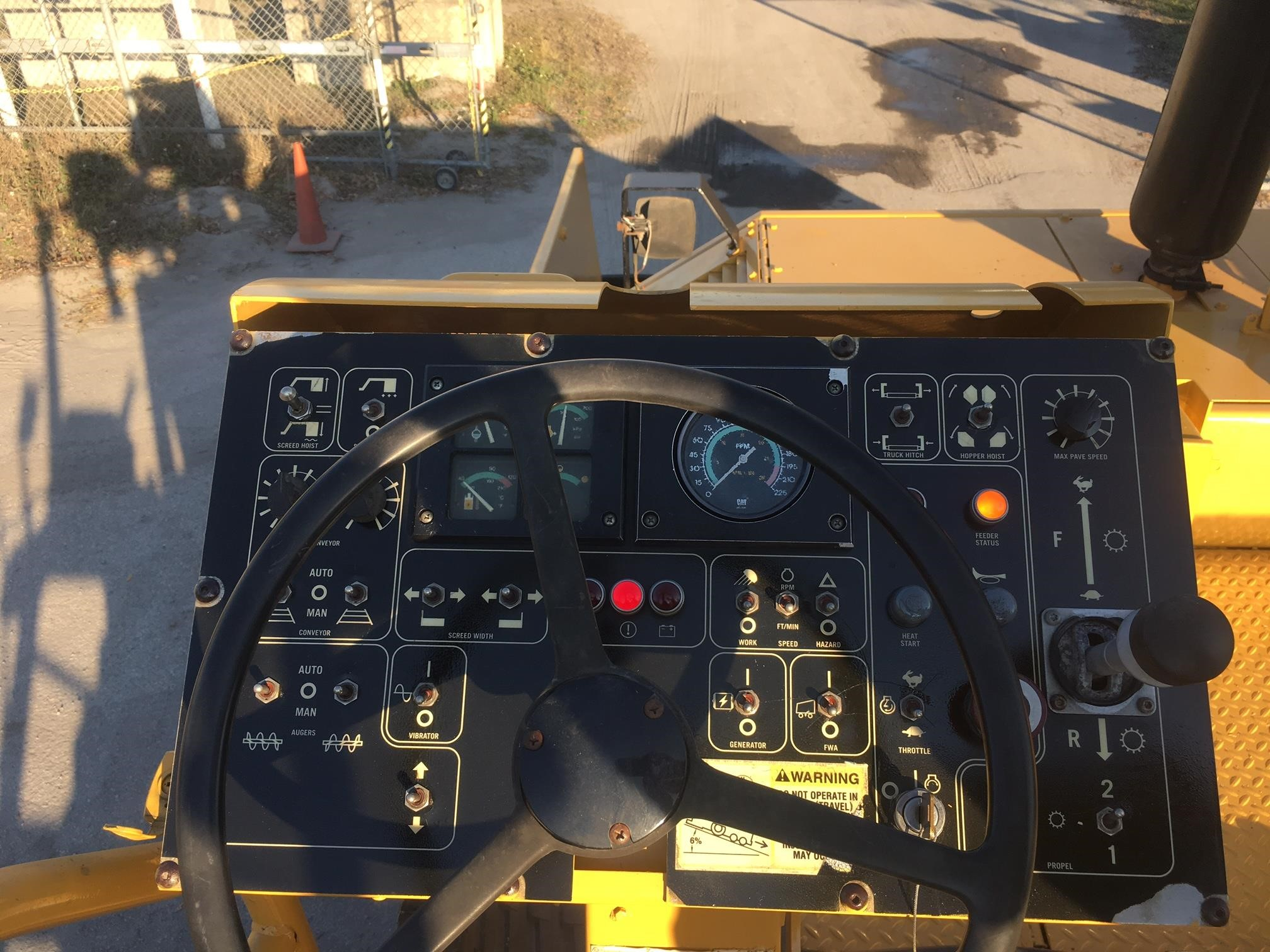 Detail photo of 2005 Caterpillar AP1000B from Construction Equipment Guide