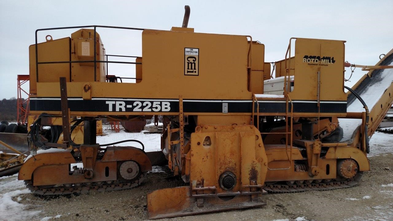 Detail photo of 1993 CMI TR225B from Construction Equipment Guide