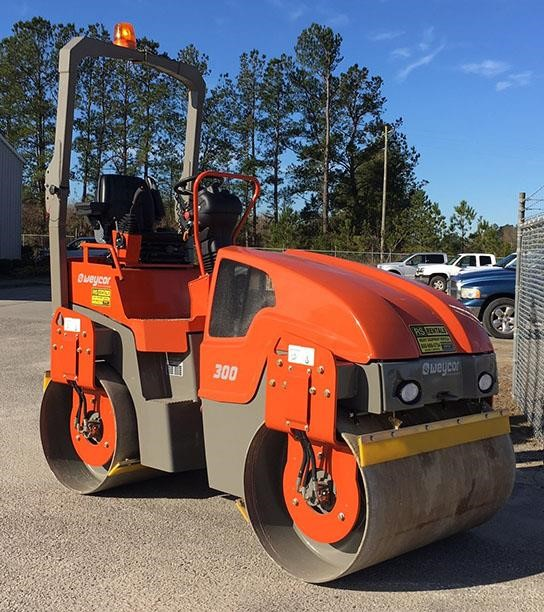 Detail photo of 2017 Atlas Copco AW300 from Construction Equipment Guide