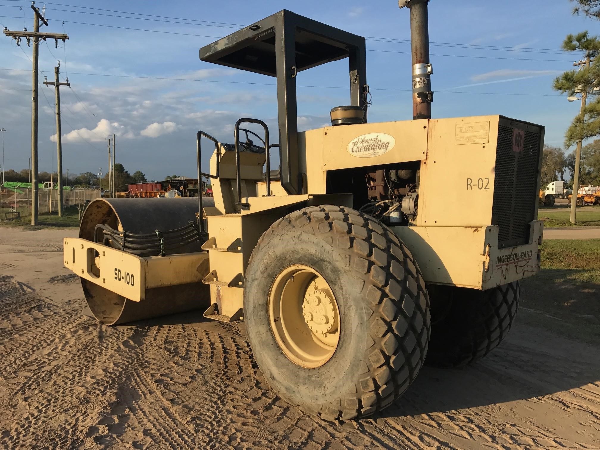 Detail photo of 1995 Ingersoll Rand SD100DB from Construction Equipment Guide