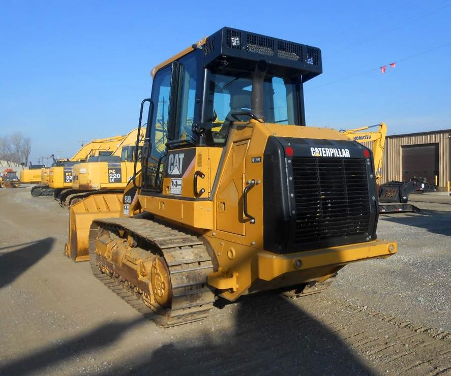 Detail photo of 2011 Caterpillar 953D from Construction Equipment Guide