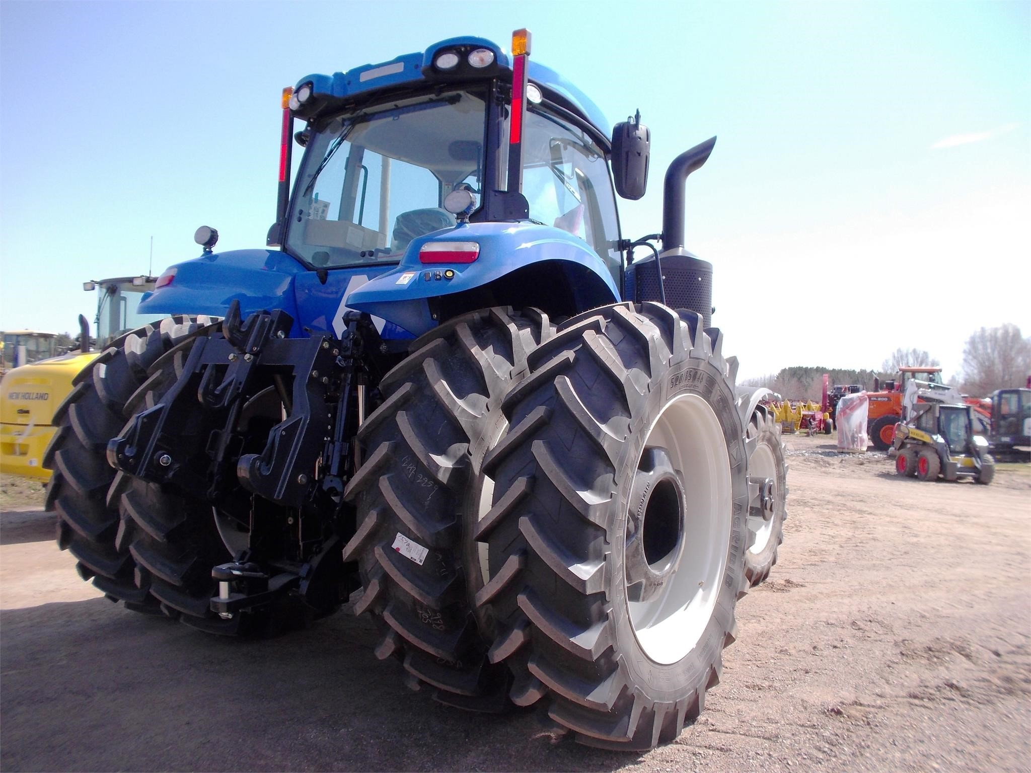Detail photo of 2014 New Holland T8.410 from Construction Equipment Guide