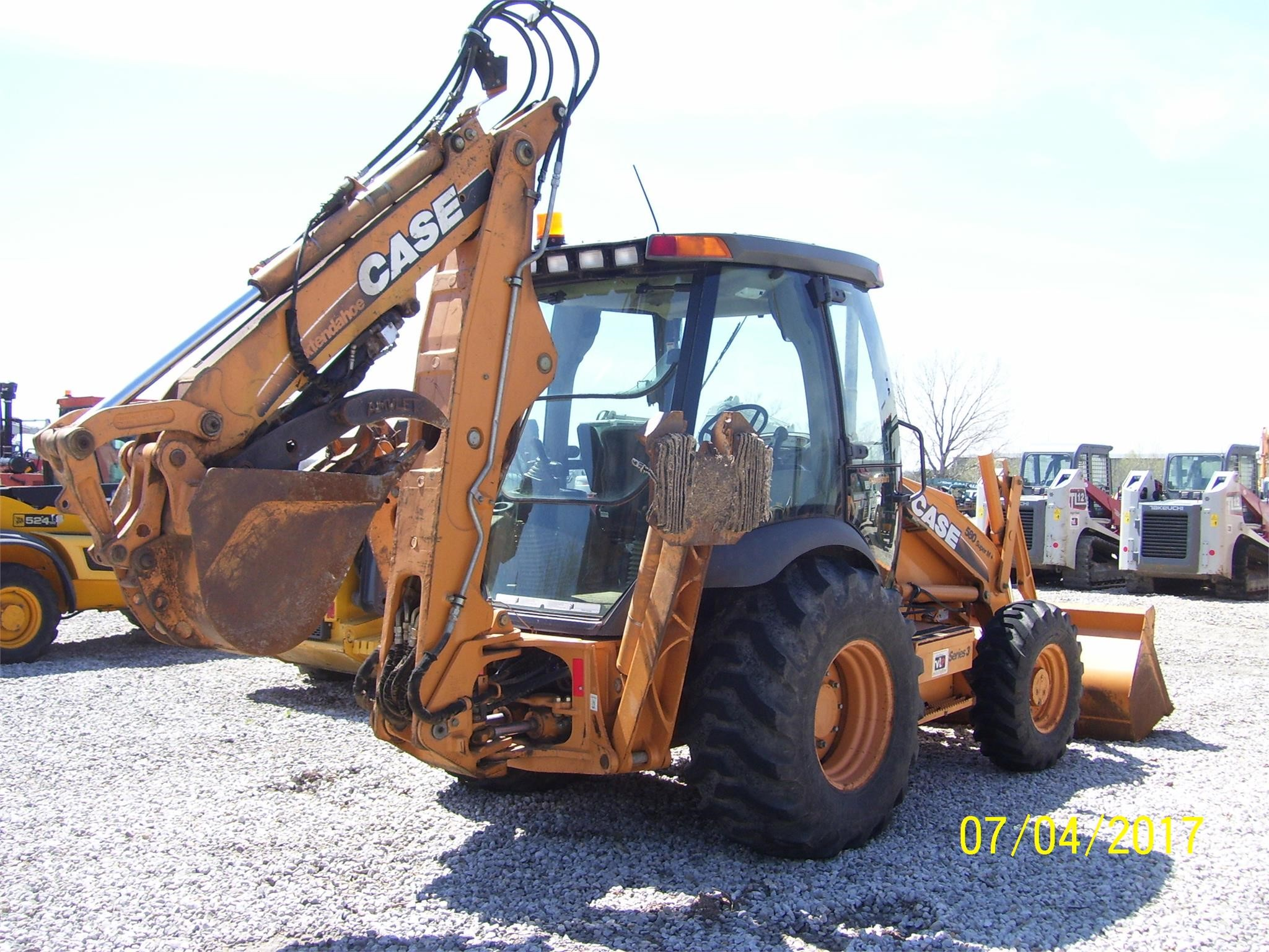 Detail photo of 2010 Case 580 SM III from Construction Equipment Guide