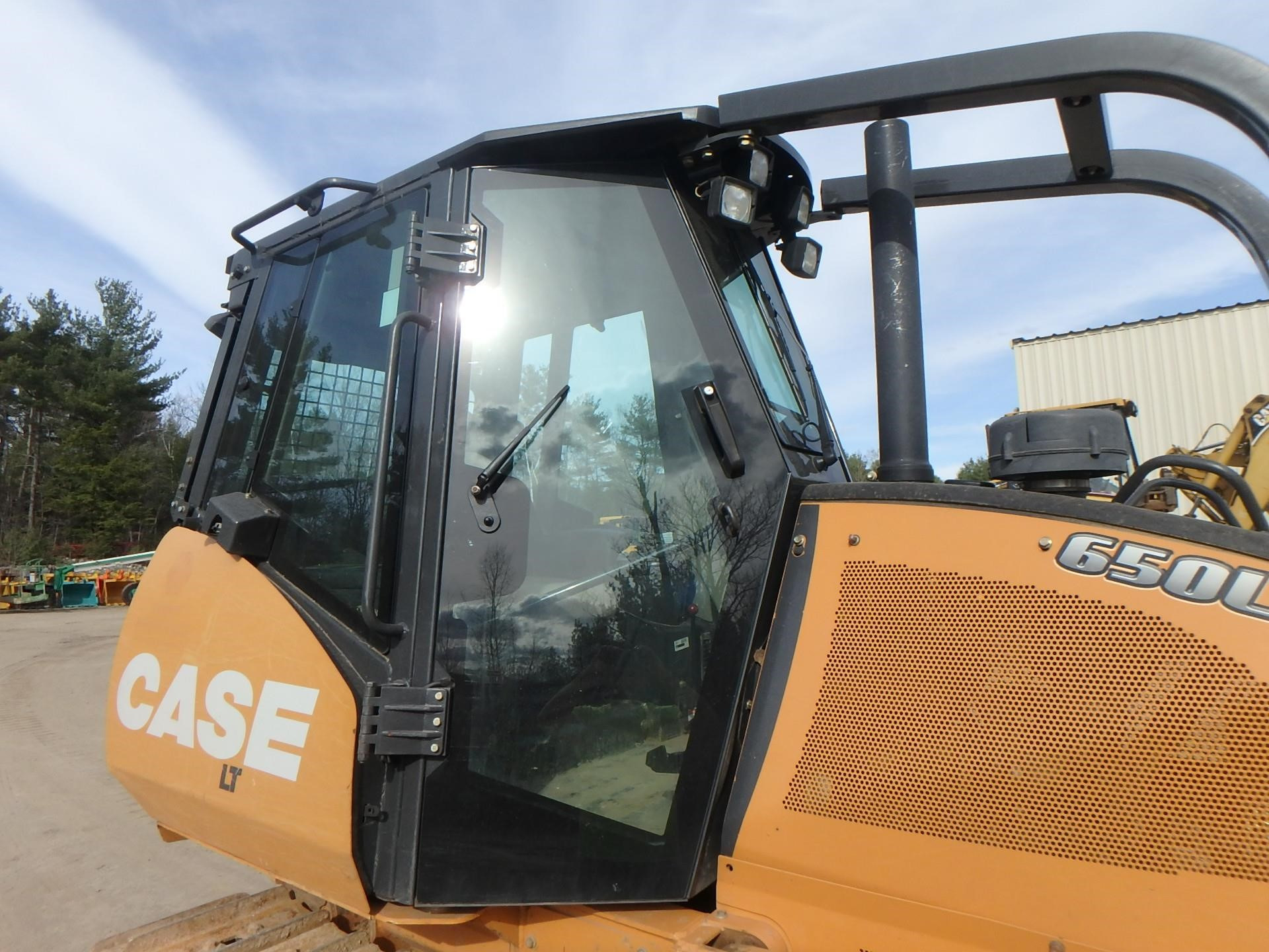 Detail photo of 2013 Case 650L LT from Construction Equipment Guide