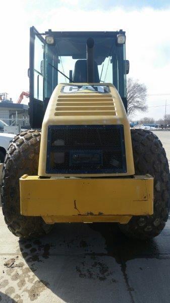 Detail photo of 2006 Caterpillar CS-533E from Construction Equipment Guide