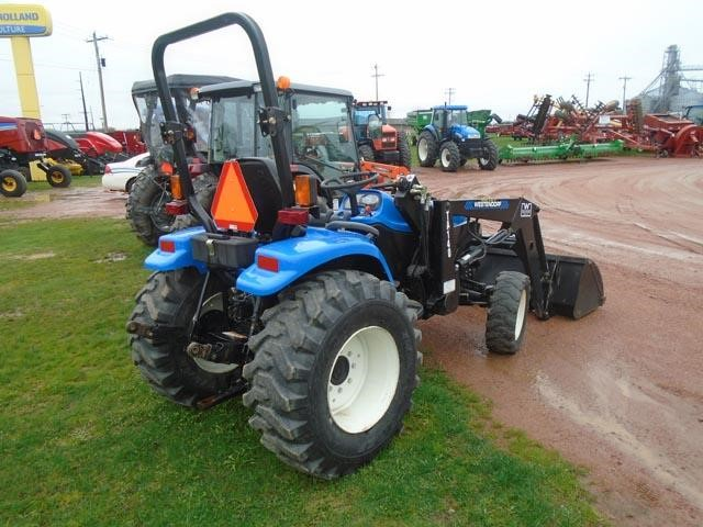 Detail photo of 2005 New Holland TC33D from Construction Equipment Guide