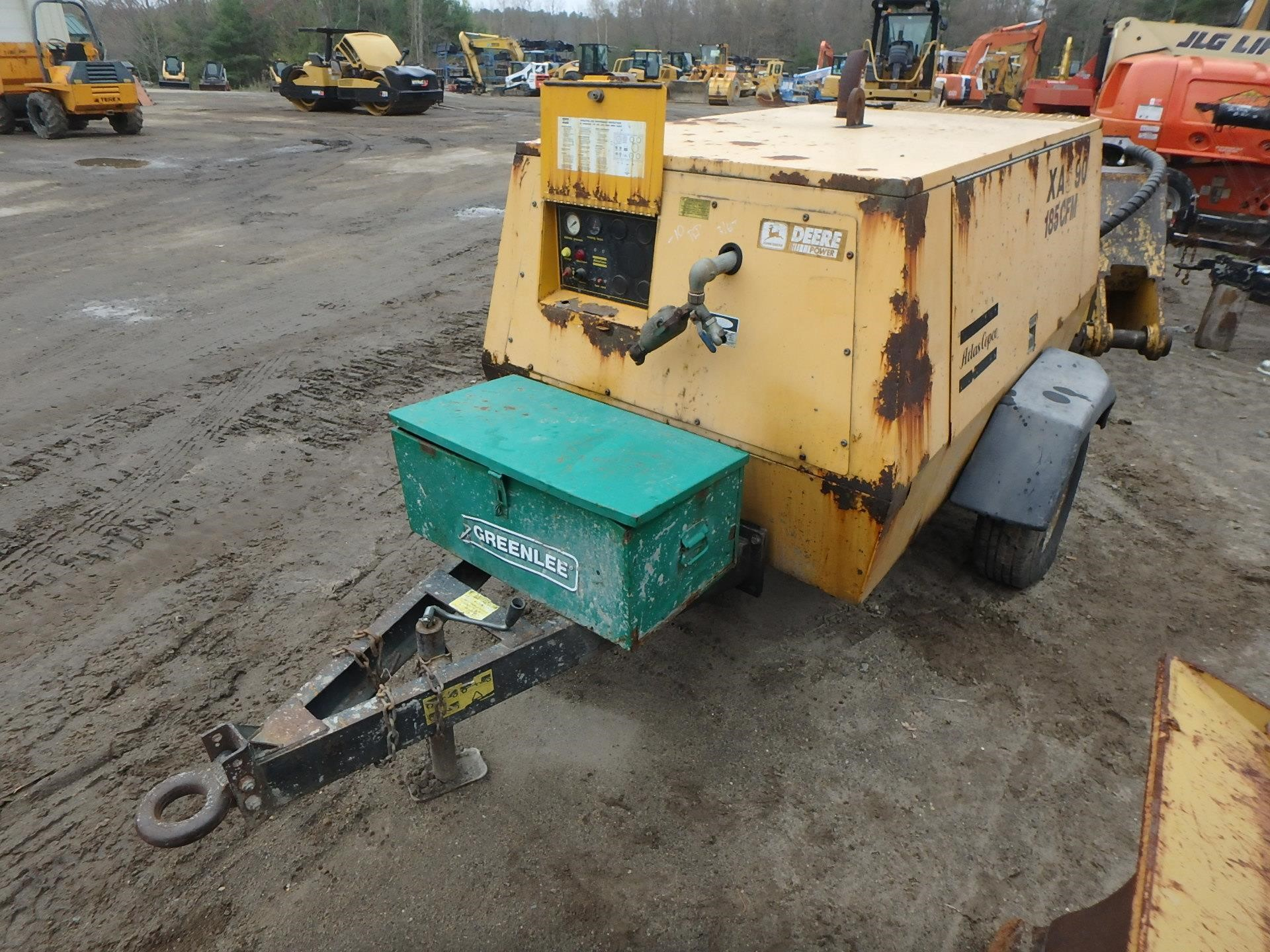 Detail photo of 1997 Atlas Copco XAS90JD from Construction Equipment Guide