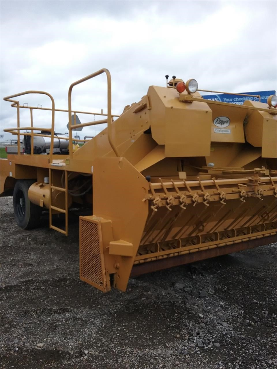 Detail photo of 1990 Etnyre K from Construction Equipment Guide