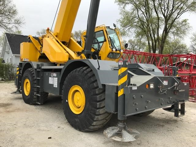 Detail photo of 2014 Grove RT880E from Construction Equipment Guide