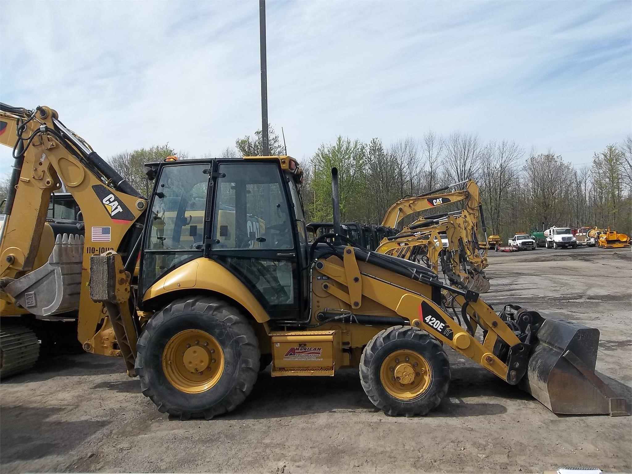 Detail photo of 2010 Caterpillar 420E IT from Construction Equipment Guide