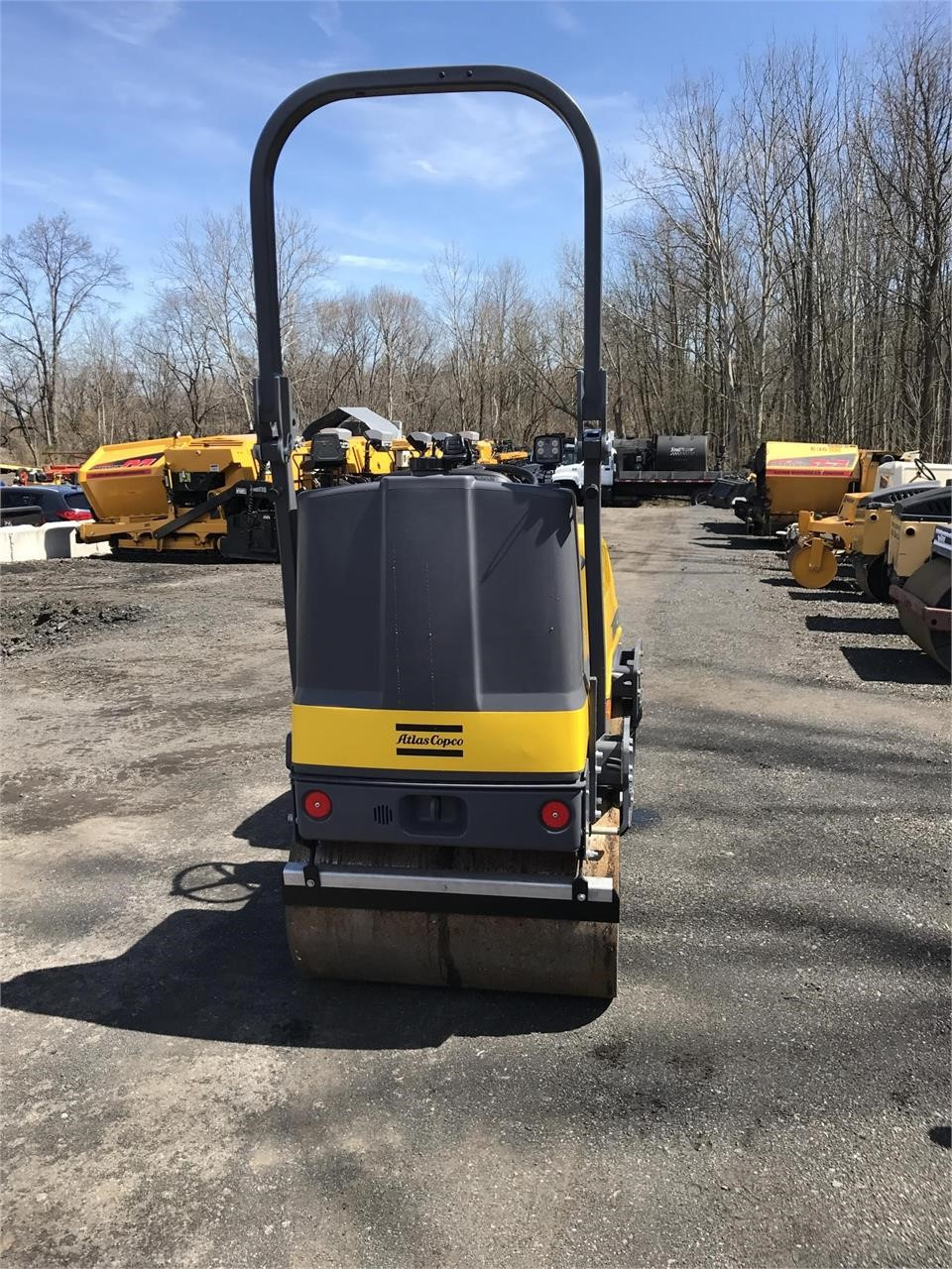 Detail photo of 2017 Dynapac CC950 from Construction Equipment Guide