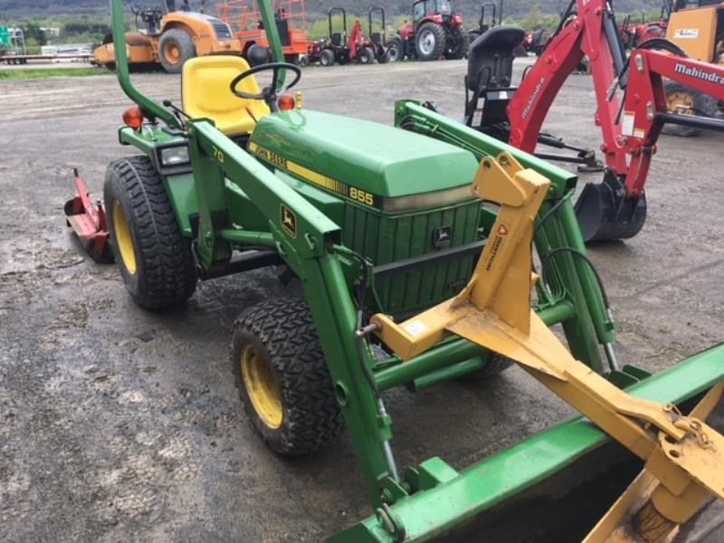 Detail photo of 1988 John Deere 855 from Construction Equipment Guide