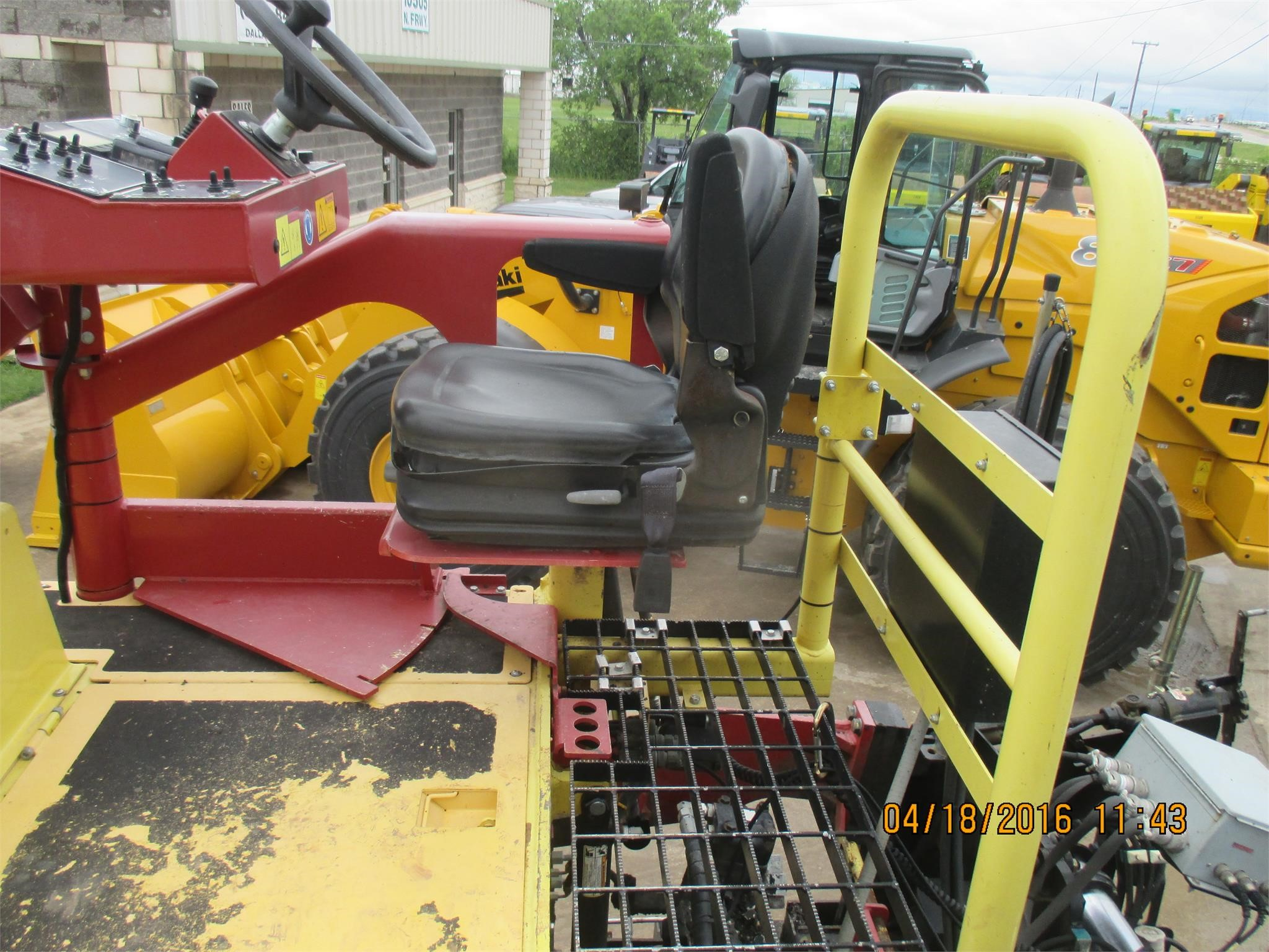 Detail photo of 2012 Dynapac F1000W from Construction Equipment Guide