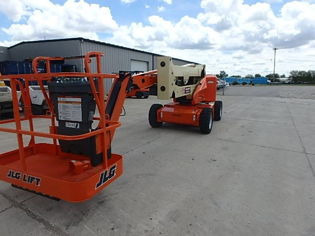 Detail photo of 2016 JLG E450AJ from Construction Equipment Guide