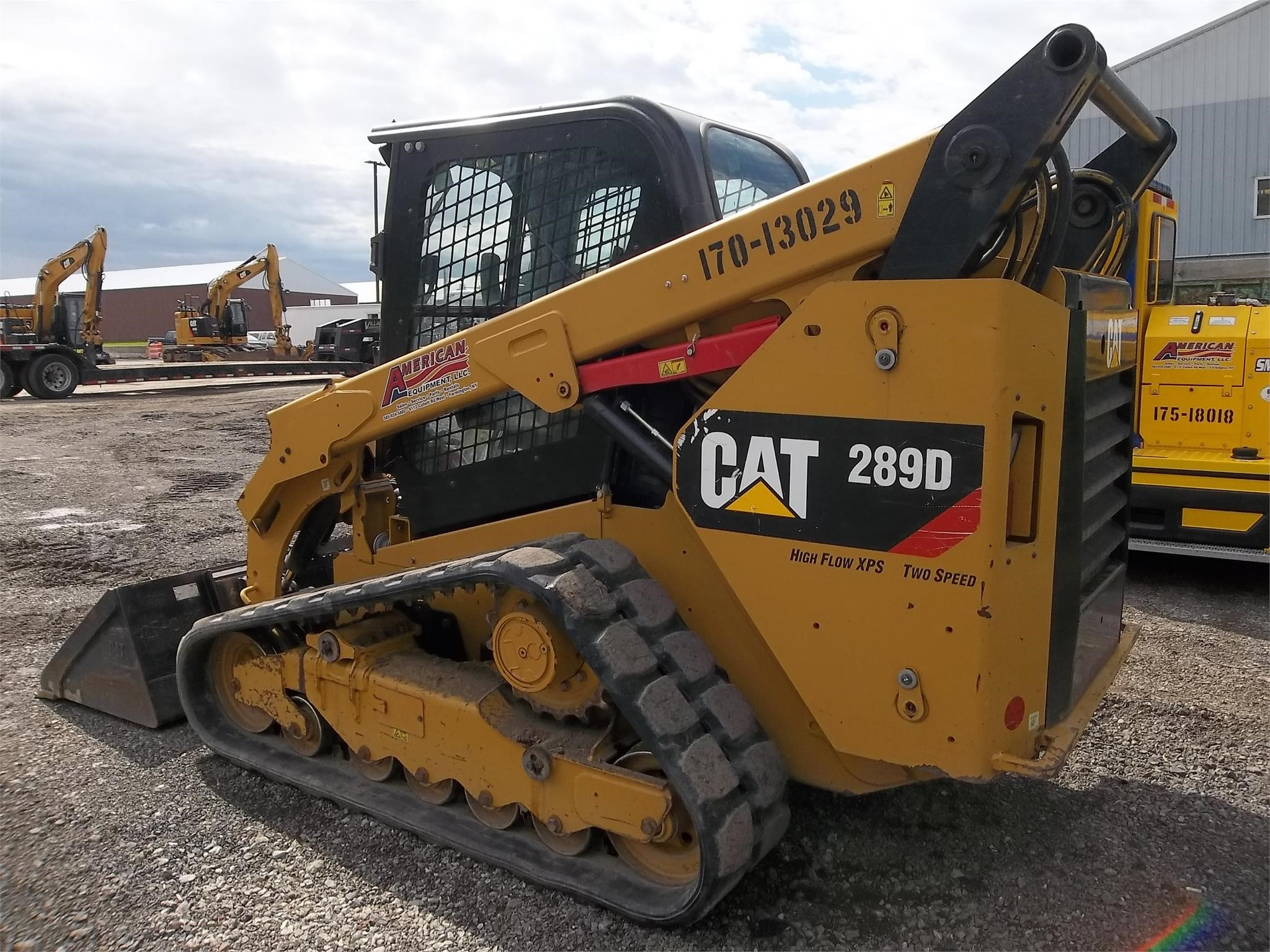 Detail photo of 2014 Caterpillar 289D from Construction Equipment Guide