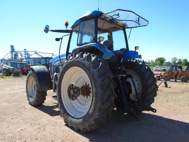 Detail photo of 2004 New Holland TM190 from Construction Equipment Guide