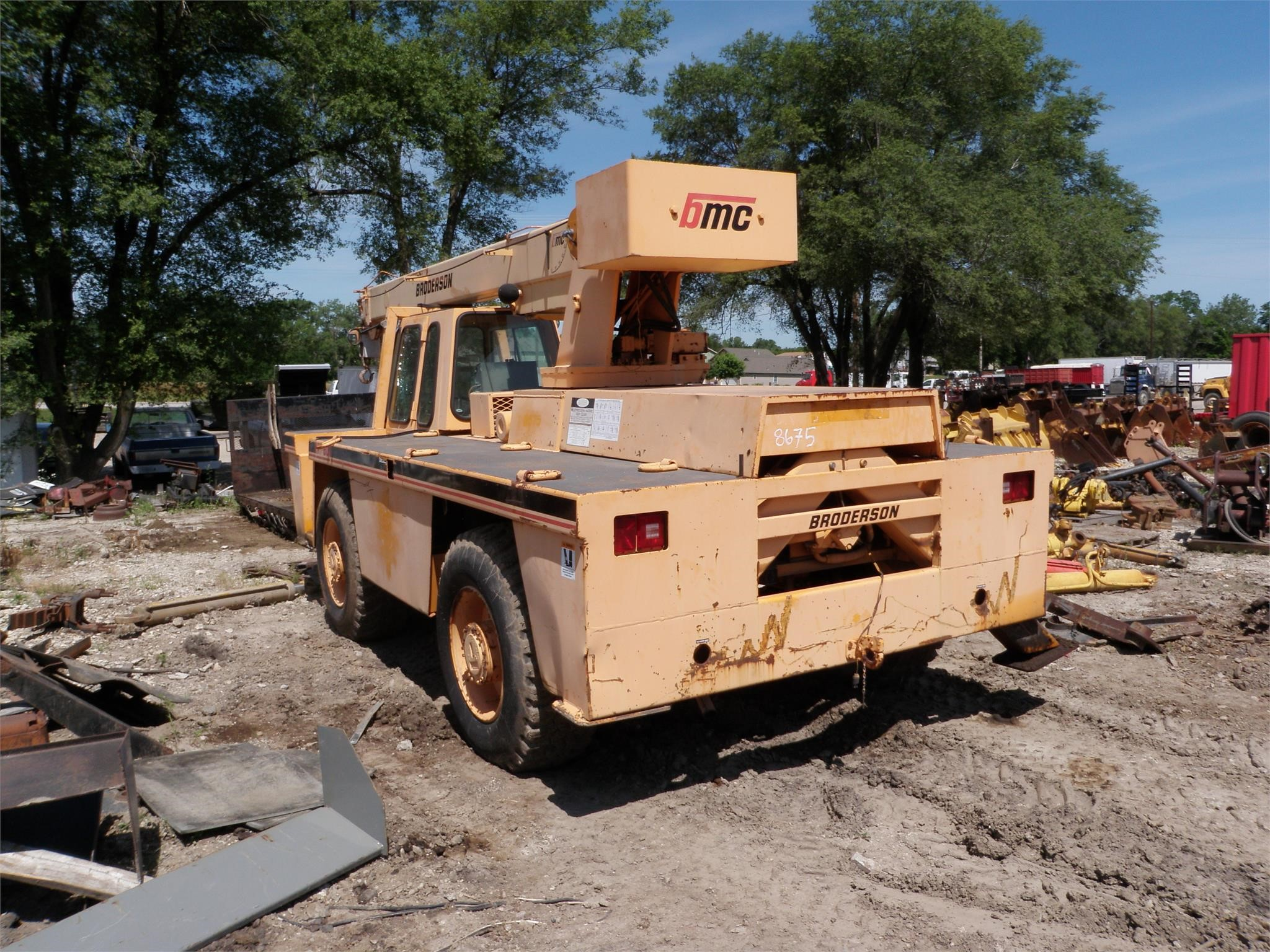 Detail photo of 1996 Broderson RT80-3C from Construction Equipment Guide
