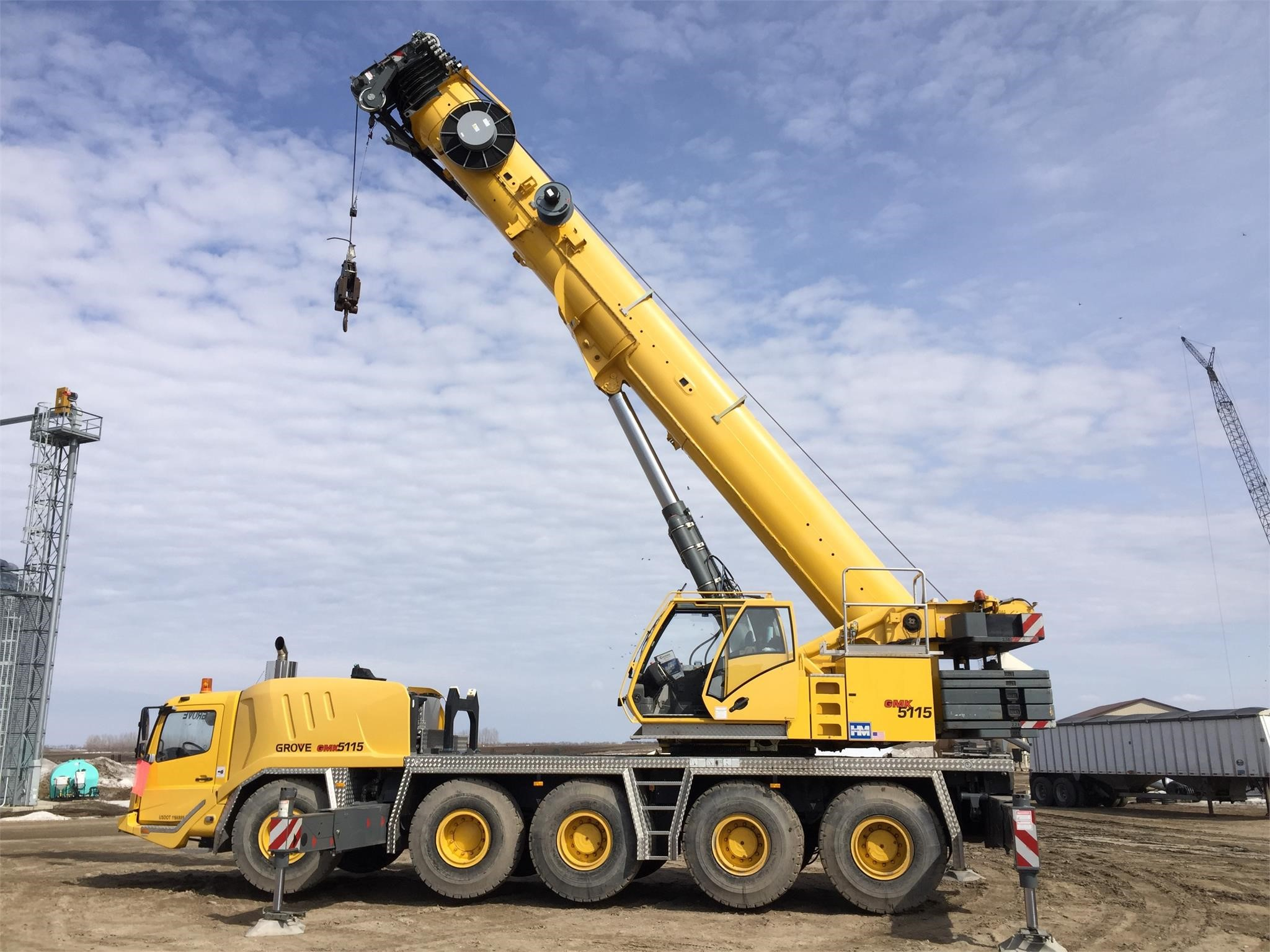 Detail photo of 2009 Grove GMK5115 from Construction Equipment Guide