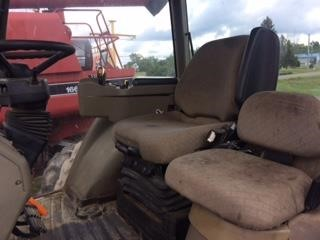 Detail photo of 2004 Case IH MX255 from Construction Equipment Guide