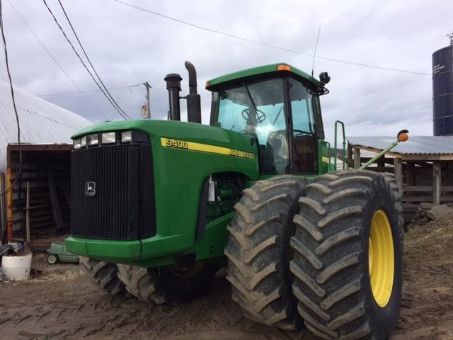 Detail photo of 1999 John Deere 9400 from Construction Equipment Guide