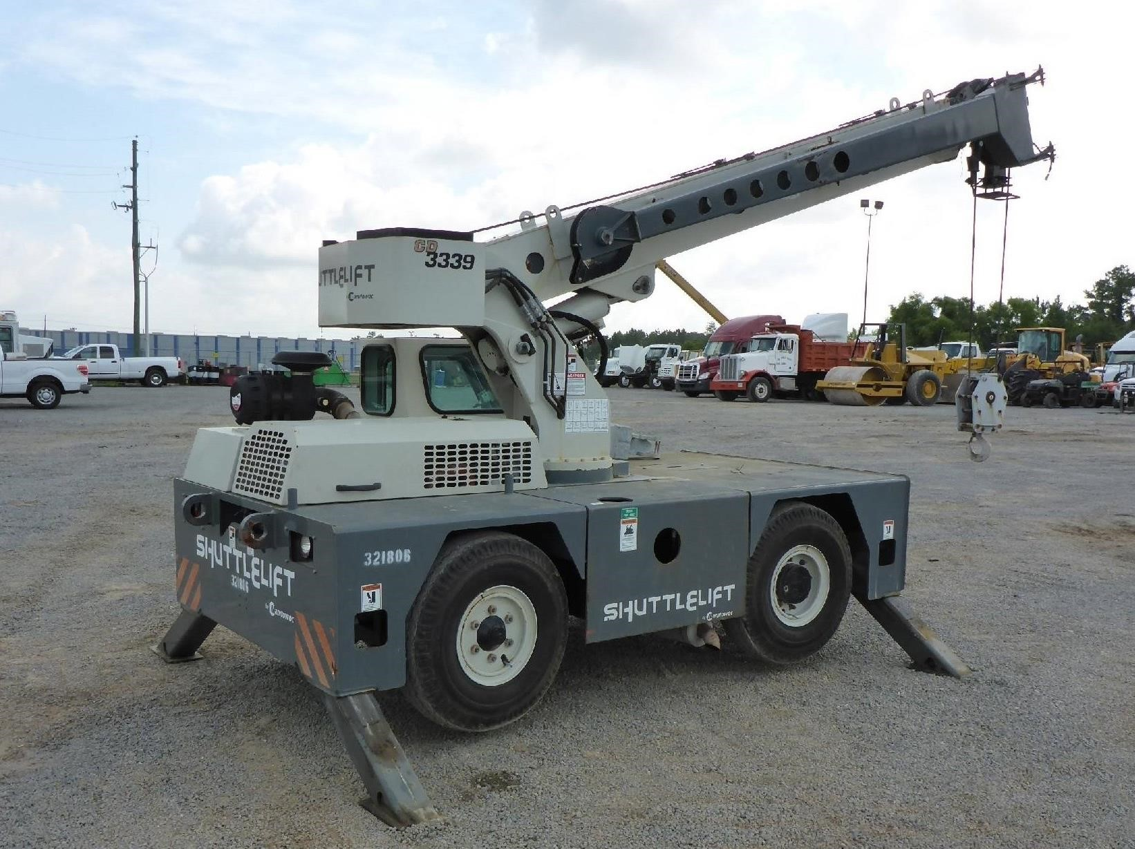 Detail photo of 2012 Shuttlelift 3339 from Construction Equipment Guide