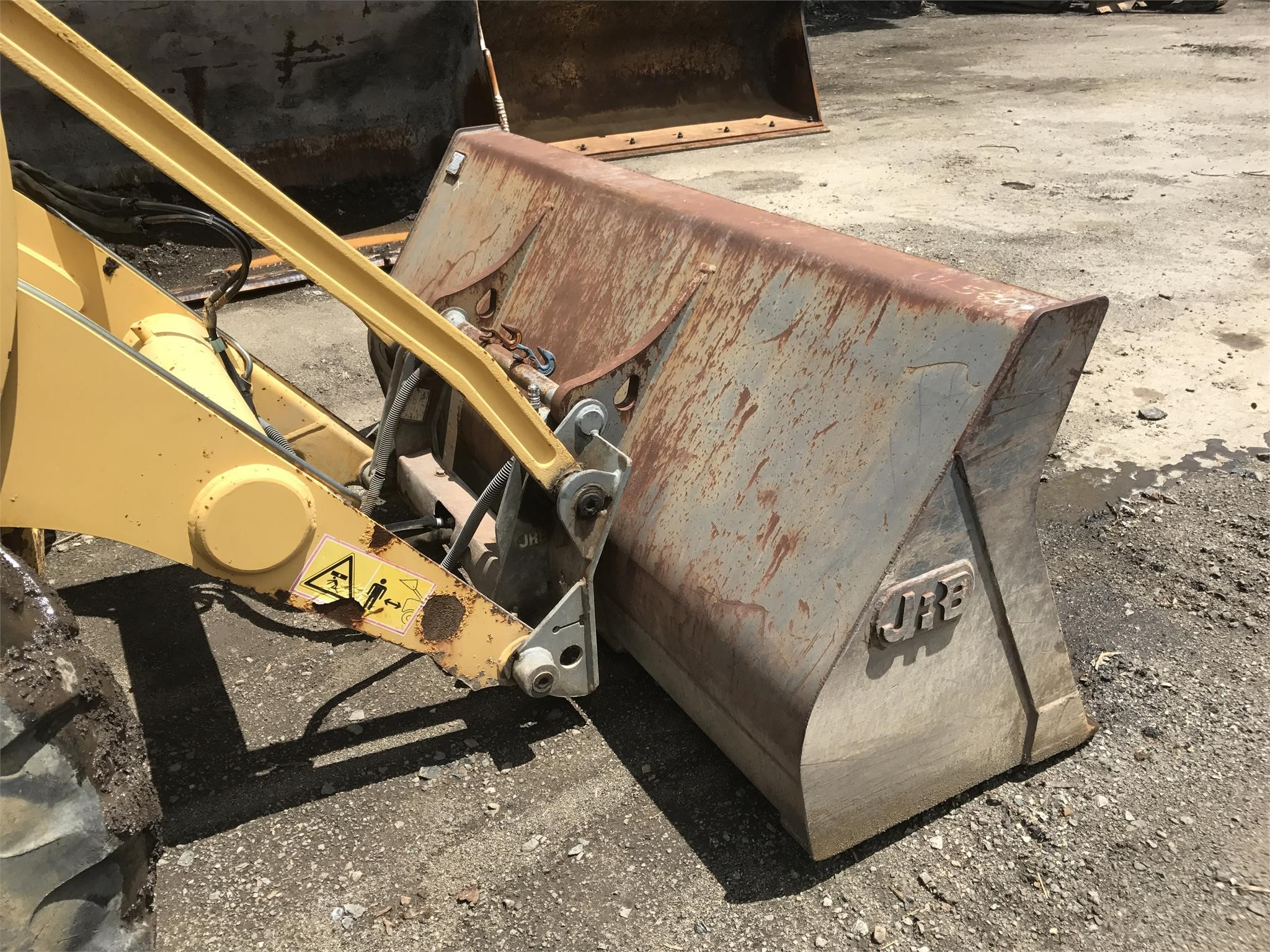 Detail photo of 2003 Komatsu WB150AWS-2 from Construction Equipment Guide