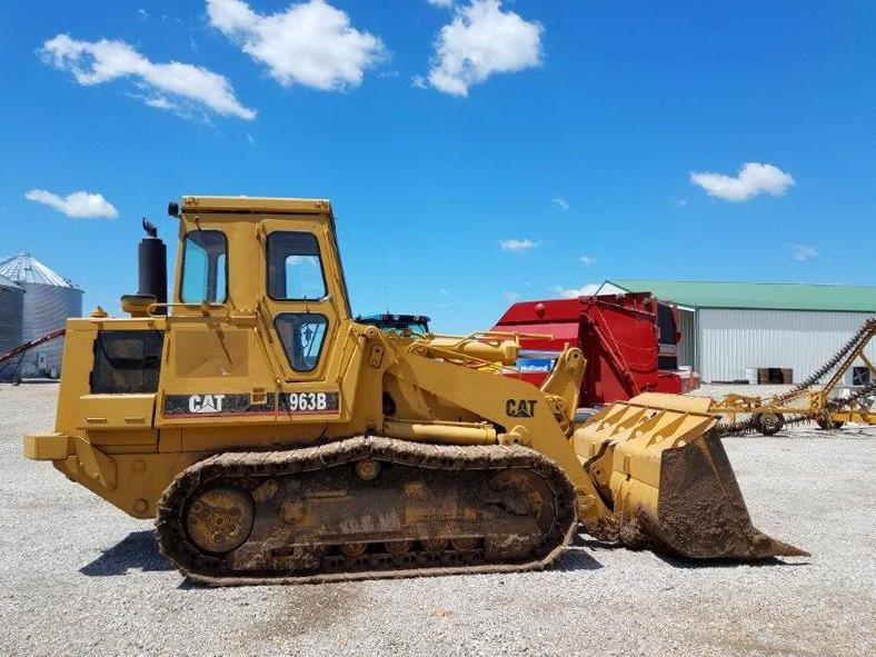 Detail photo of 1995 Caterpillar 963B from Construction Equipment Guide