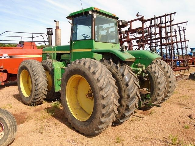 Detail photo of  John Deere 8430T from Construction Equipment Guide