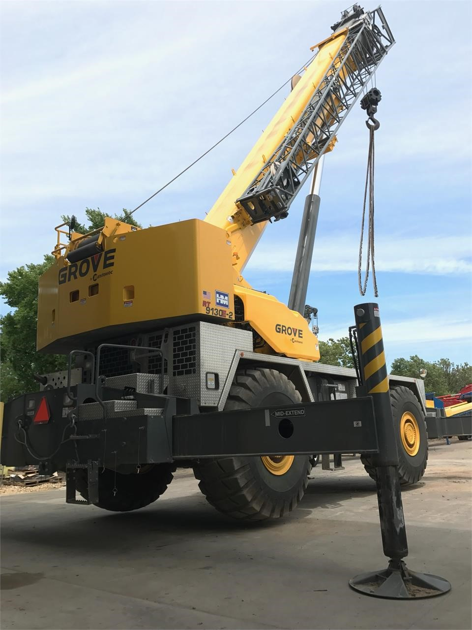 Detail photo of 2016 Grove RT9130E from Construction Equipment Guide