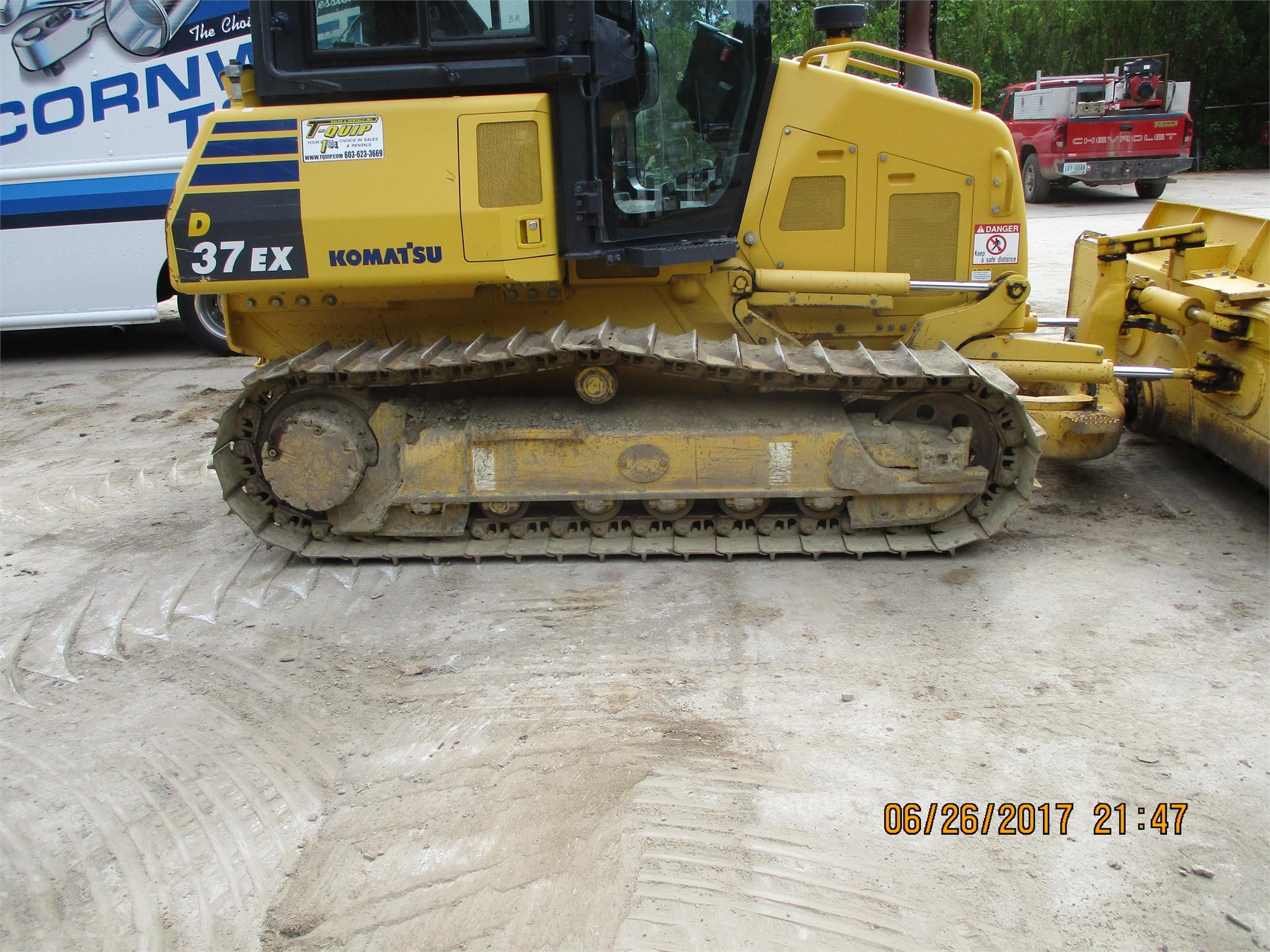 Detail photo of 2015 Komatsu D37EX from Construction Equipment Guide