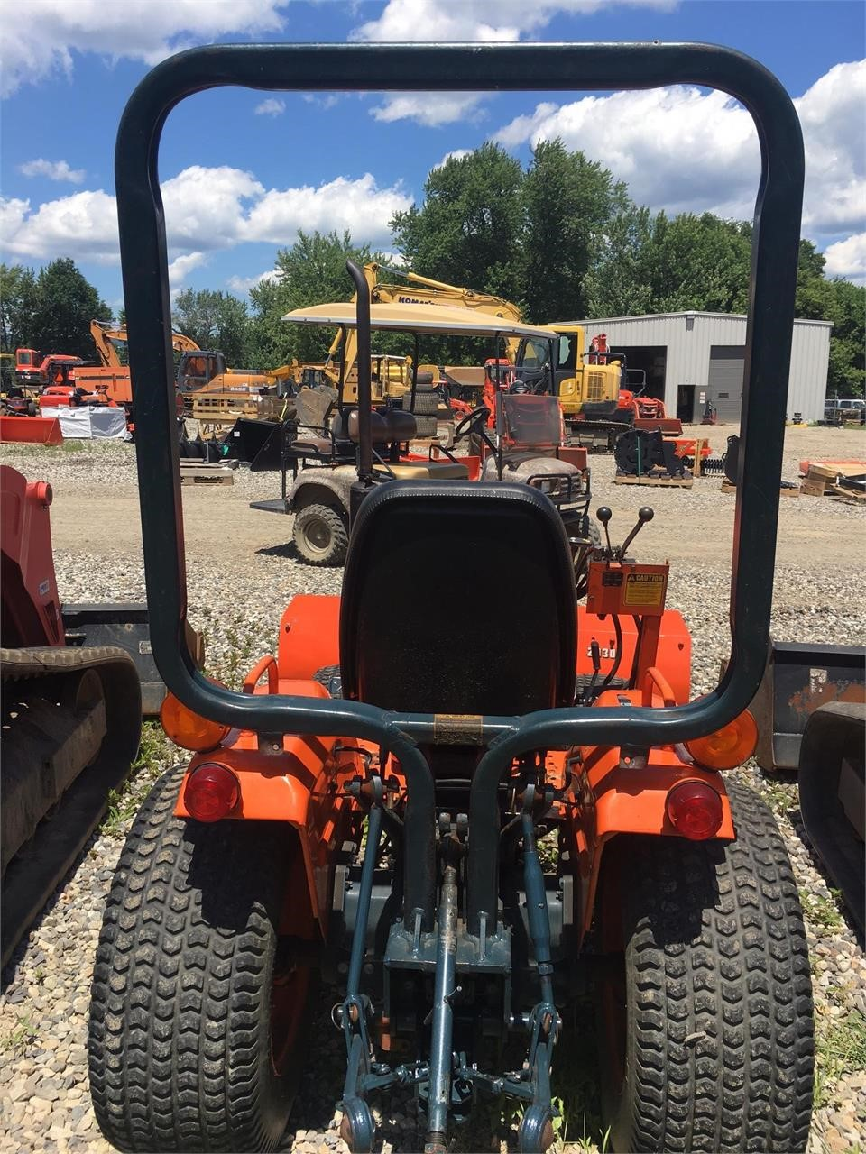 Detail photo of  Kubota B6200DT from Construction Equipment Guide